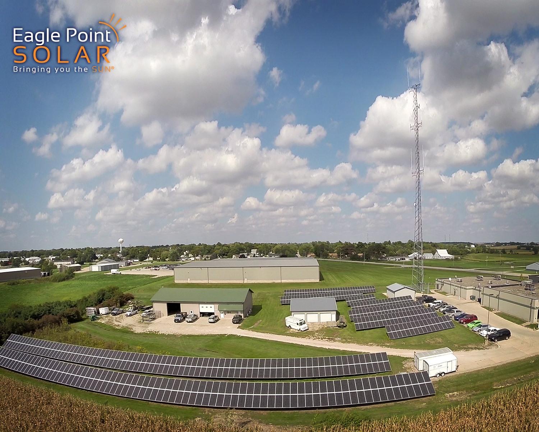 Photo of municipal ground mounted array