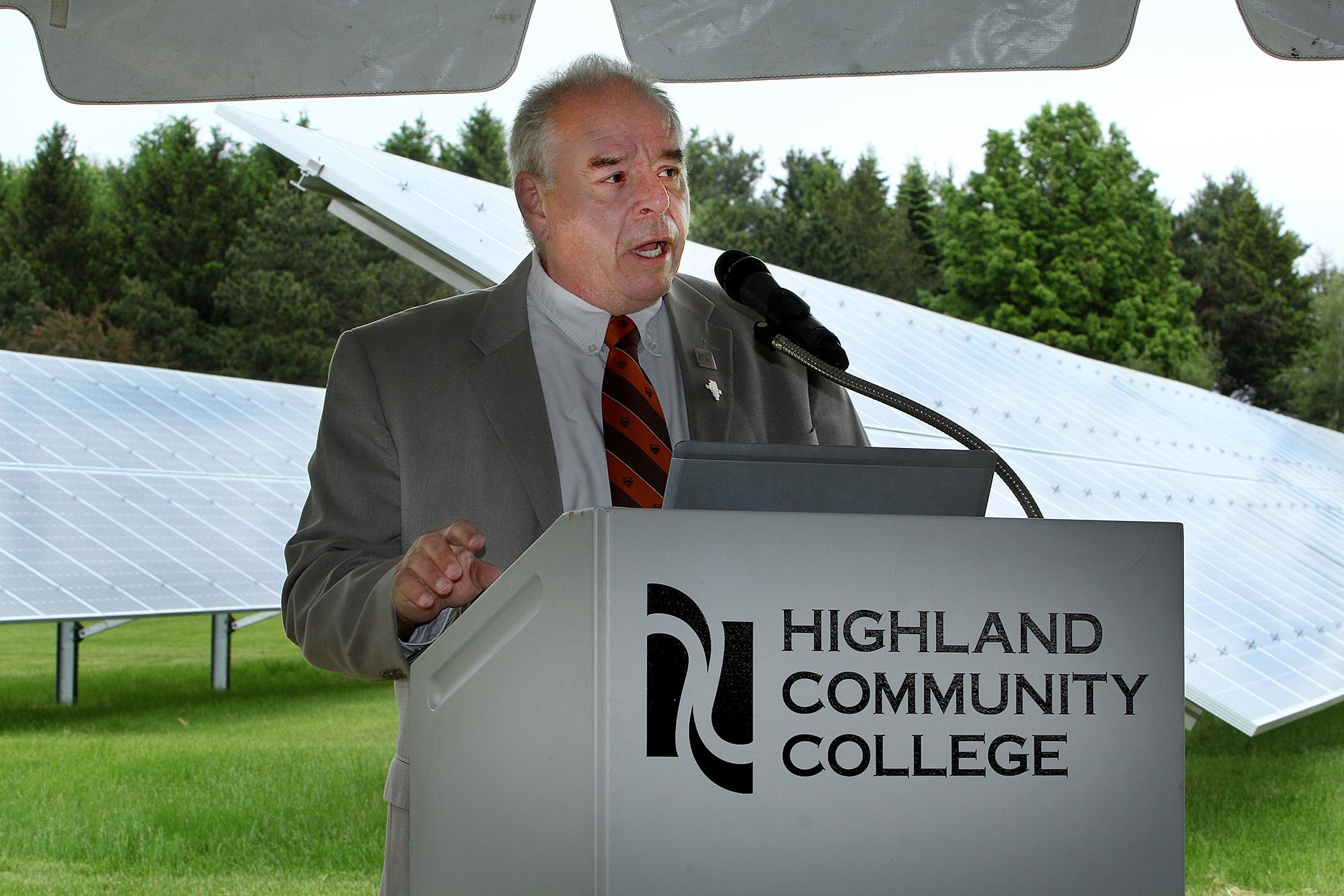 Photo of Highland Community solar array ribbon cutting