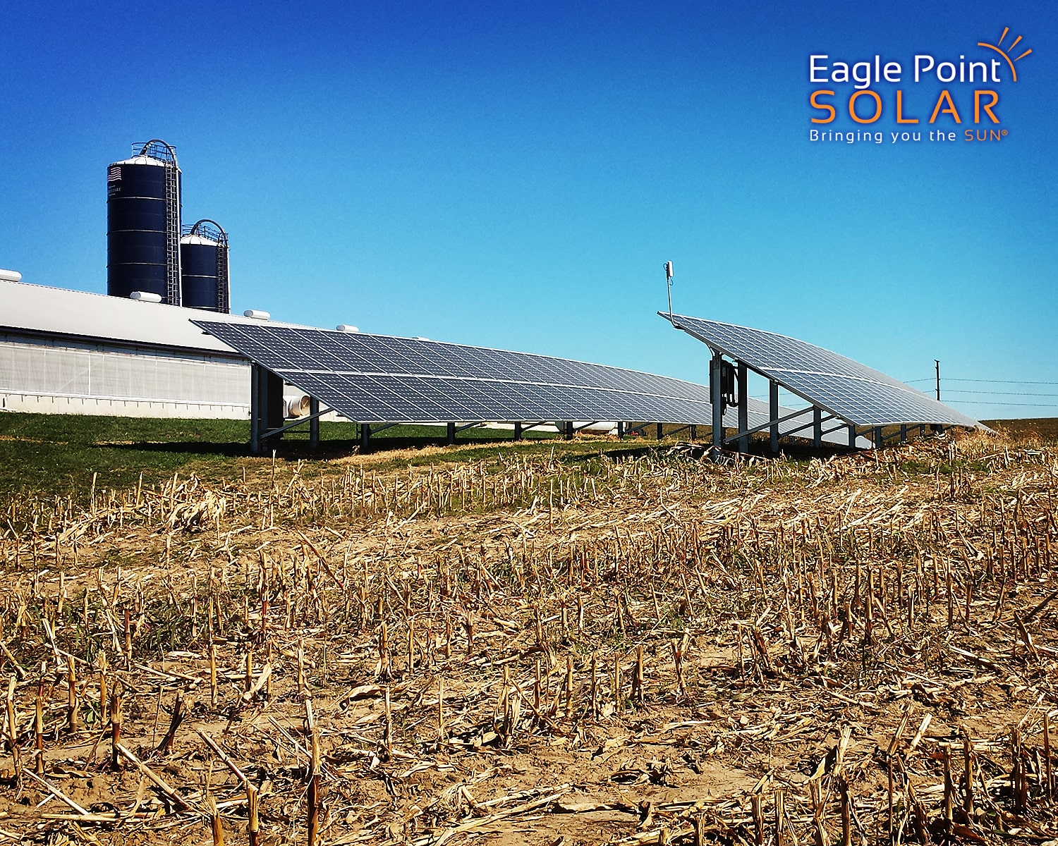 Side view photo of Demmer Family Farms ground mounted solar array