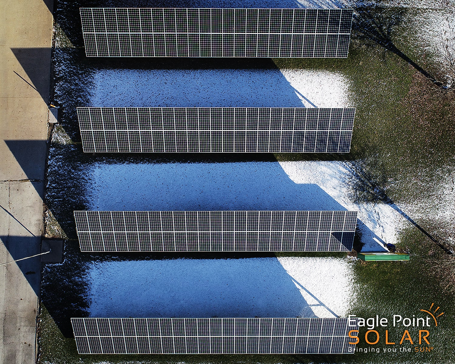Overhead photo of ground mounted solar array for Spoon River Electric Co-op