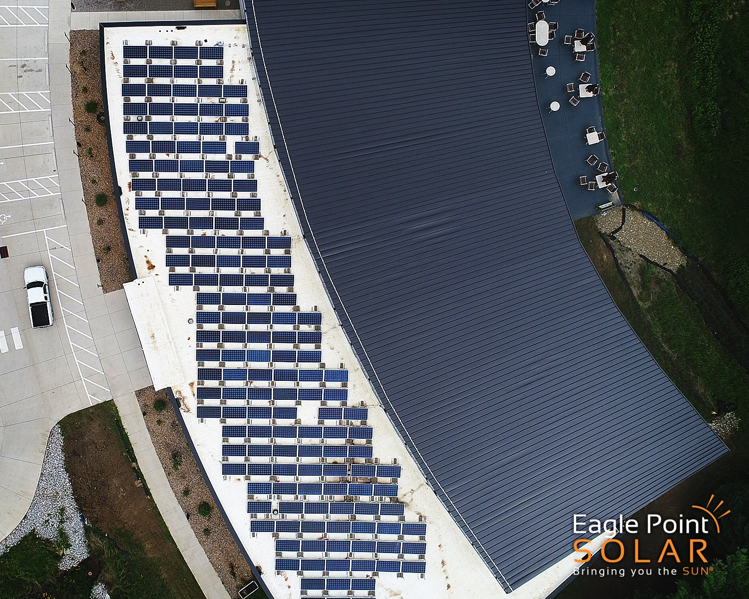 Photo of Unitarian ground mounted solar array